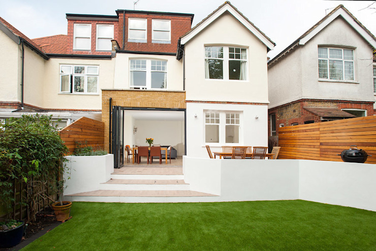 Streatham, SW2 Modern houses by Build Team Modern