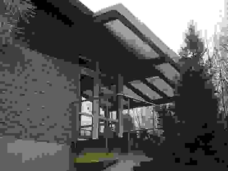 Canopy Inox City Ltd Modern balcony, veranda & terrace
