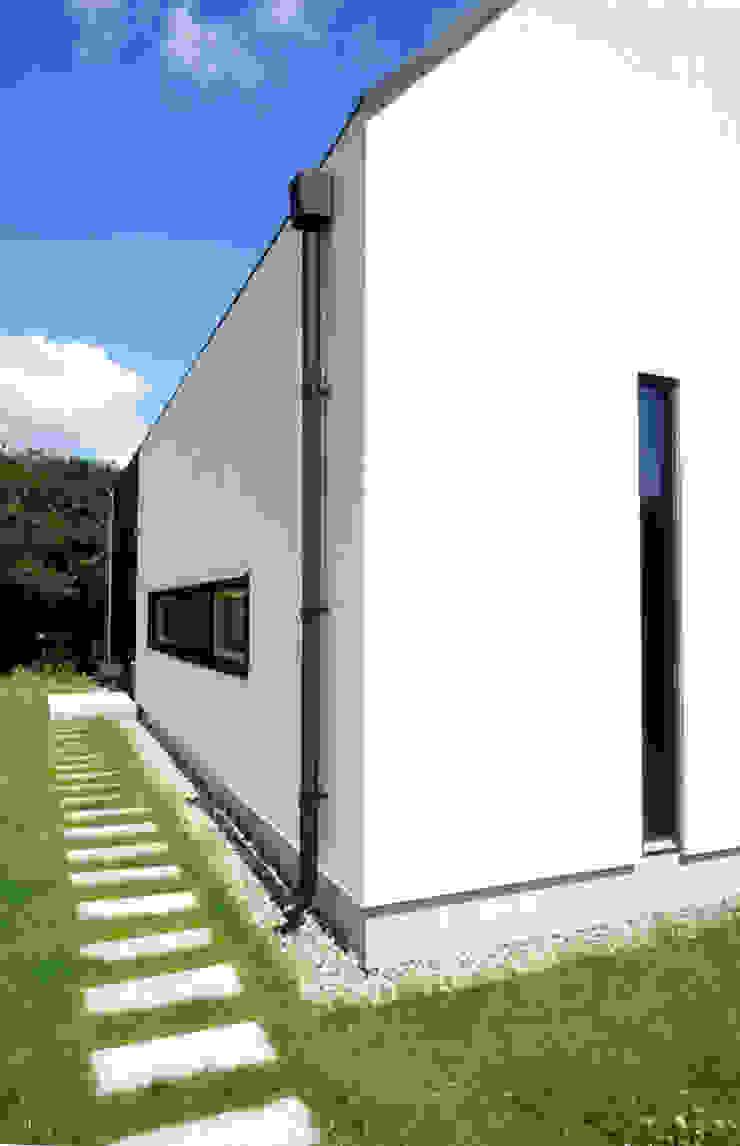 Dom jednorodzinny Nowoczesne domy od Grid Architekci Nowoczesny