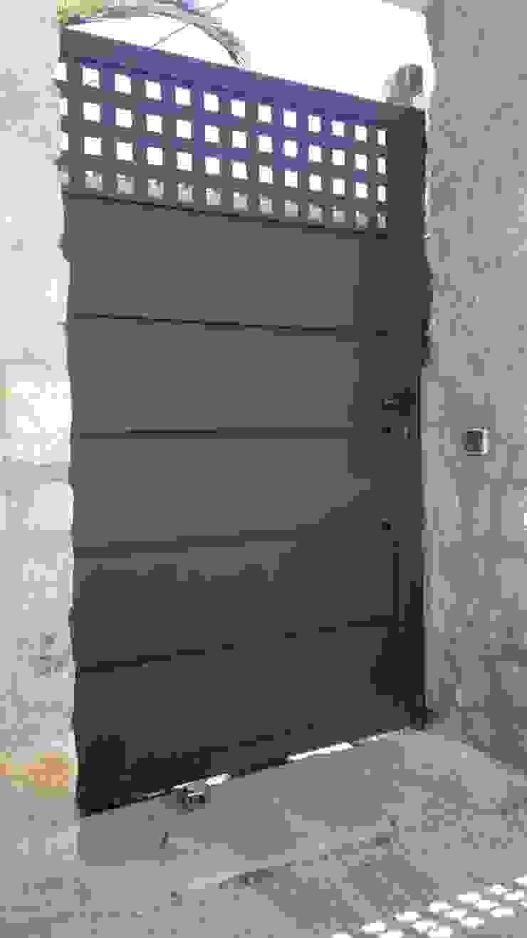 CIERRES METALICOS AVILA, S.L. Modern windows & doors