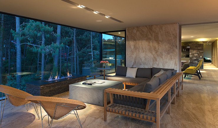 Terrace by Vieyra Arquitectos,