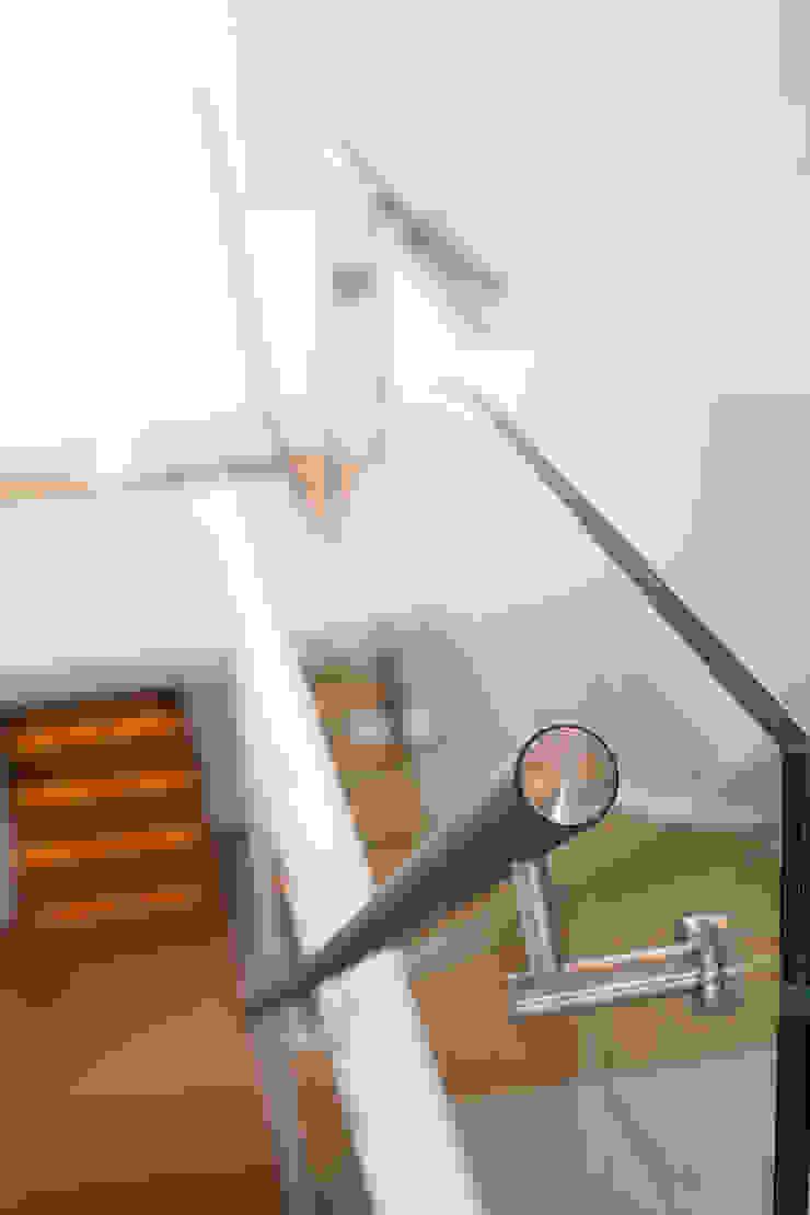 Spa Moderner Flur, Diele & Treppenhaus von schulz.rooms Modern