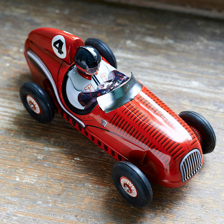 Grand prix retro red racing tin car with rubber wheels. de brush64 Ecléctico