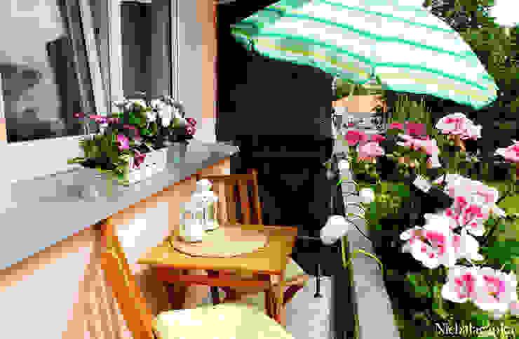 Balcones y terrazas clásicos de Niebałaganka Clásico
