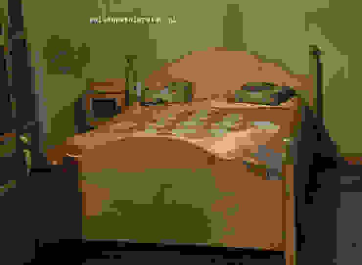 drewniane łoże w stylu rustykalnym od Zakład Stolarski Robert Latawiec Rustykalny