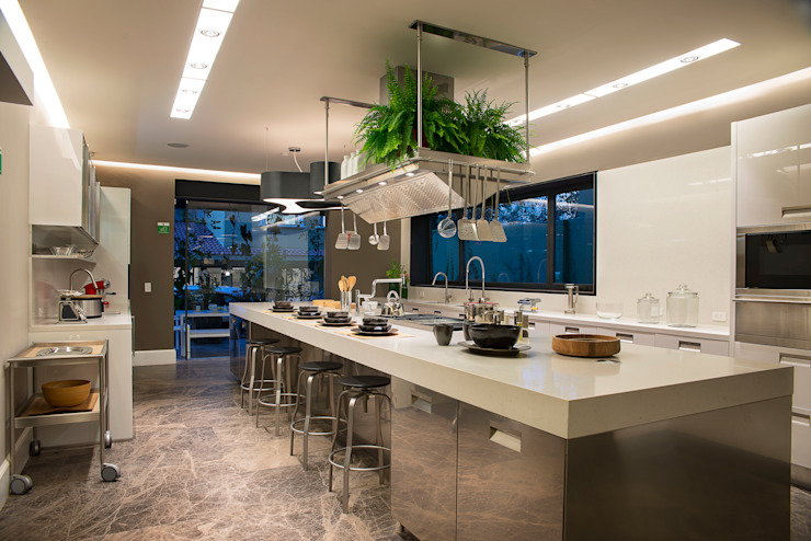 Kitchen by Vieyra Arquitectos
