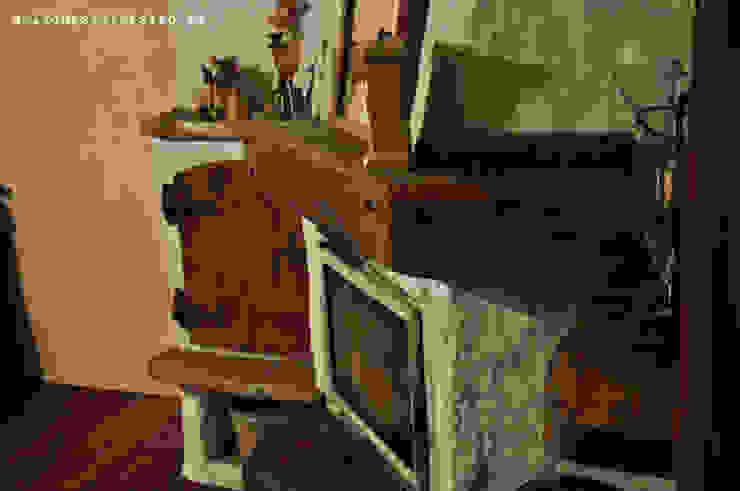 Meble rustykalne, drewniane rzeżbione ręcznie - do salonu od Zakład Stolarski Robert Latawiec Rustykalny