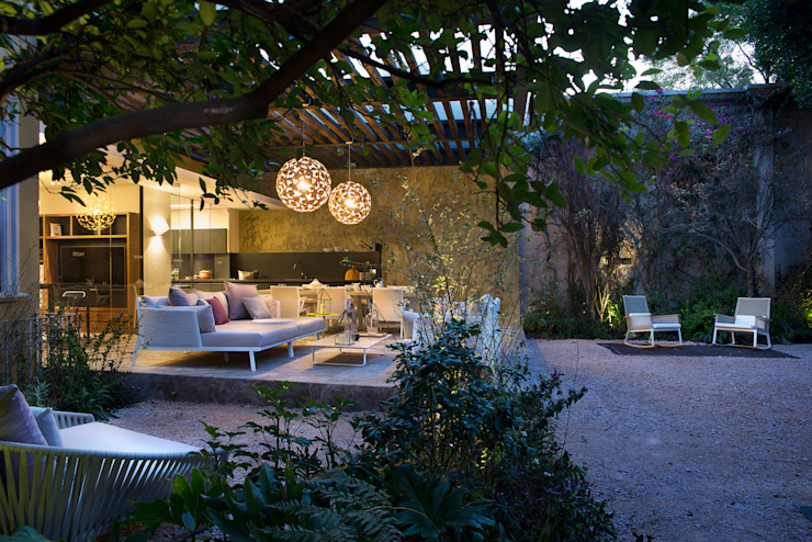 Jardin de style  par Vieyra Arquitectos,