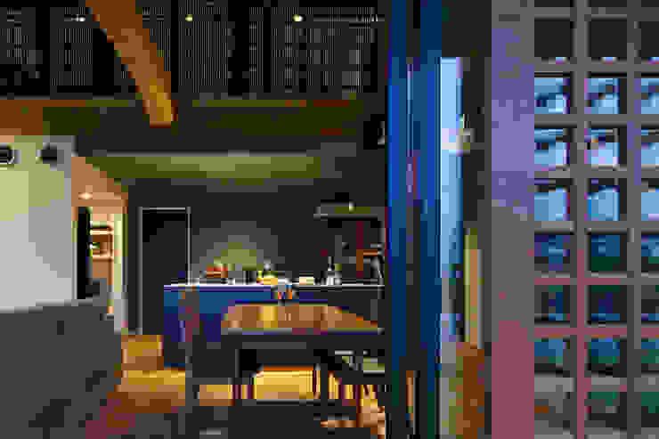 菊陽の家 モダンデザインの リビング の アートレ建築空間 一級建築士事務所 モダン
