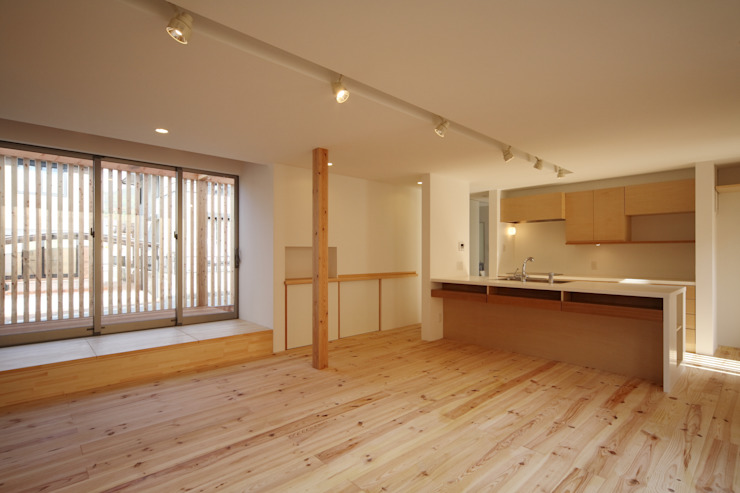 長尾台の家 和風デザインの リビング の 吉田慎二/建築・計画ワイズスタジオ 和風