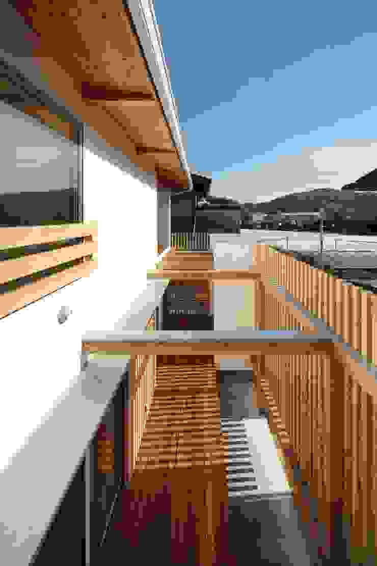 長尾台の家 和風デザインの テラス の 吉田慎二/建築・計画ワイズスタジオ 和風