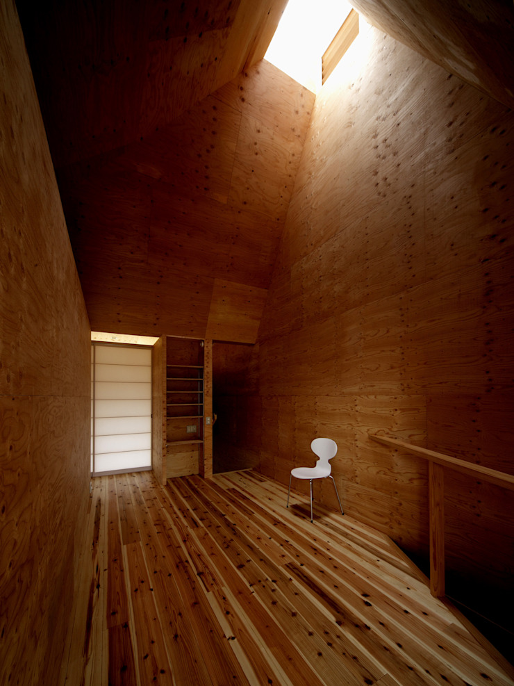 K氏のアトリエ 居間 オリジナルデザインの リビング の 塔本研作建築設計事務所 オリジナル