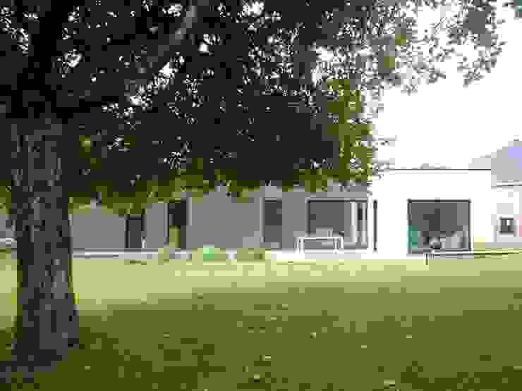 Maison de plain-pied en Black & White Maisons modernes par atelier 742 Moderne