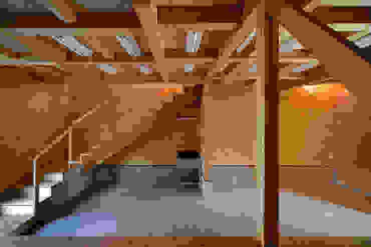 K氏のアトリエ 1階アトリエ 塔本研作建築設計事務所 オリジナルデザインの 多目的室