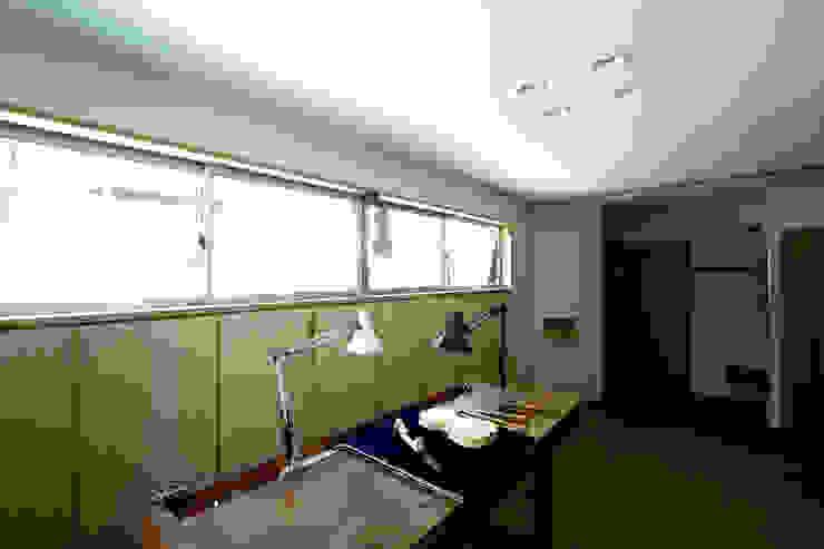 Minimalist Çalışma Odası 塔本研作建築設計事務所 Minimalist