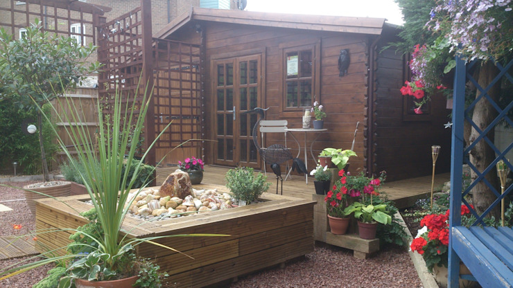 Wooden garages Taman Klasik Oleh Quick garden LTD Klasik