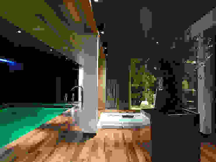 Moderne spa's van MACIEJ JANECZEK ARCHITEKT Modern