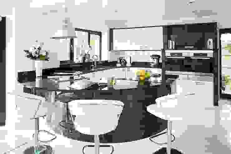 Contemporary Kitchen in Wakefield Moderne Küchen von Twenty 5 Design Modern