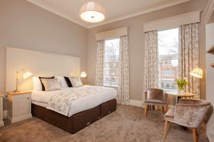 GUEST HOUSE:  Hotels by NEAT PLEAT,
