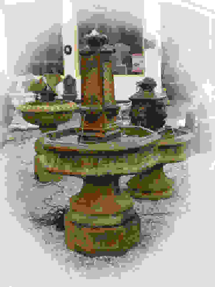 Henri Studio assortiment vanuit Amerika 021, Obelisk octagon fountain van Tuindecoratie Jose Landelijk