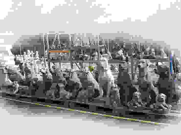 Honden 001 van Tuindecoratie Jose Landelijk