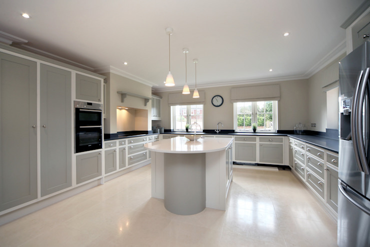 A Country Home Country style kitchen by Emma & Eve Interior Design Ltd Country