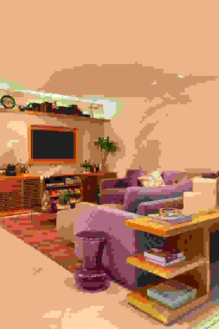 Apartamento Salas de estar modernas por Bel Castro Arquitetos Moderno