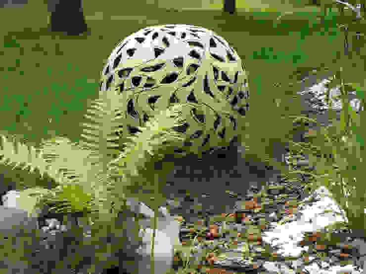 Ażurowa kula ogrodowa od Pracownia Ceramiki Artystycznaj Nowoczesny