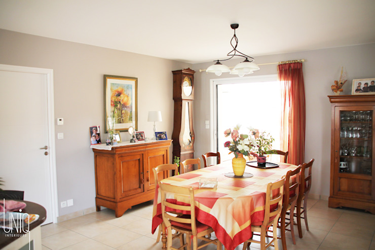 Classic style dining room by Uniq intérieurs Classic