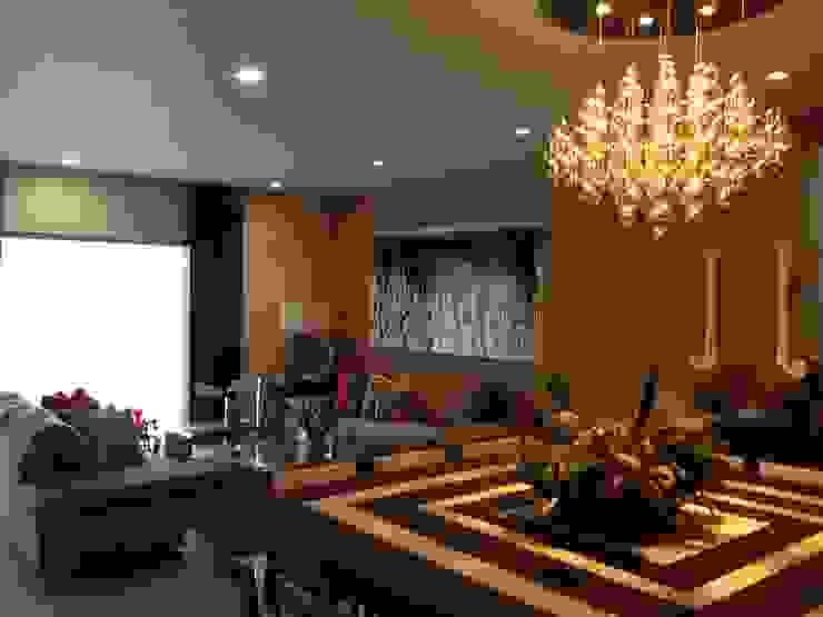 casa 319 Salones modernos de Hussein Garzon arquitectura Moderno