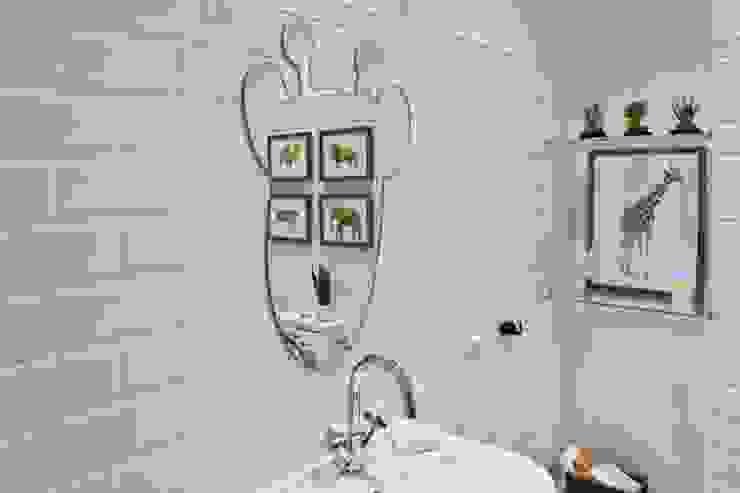Монохромное сафари Ванная в классическом стиле от O-Deco Studio Классический