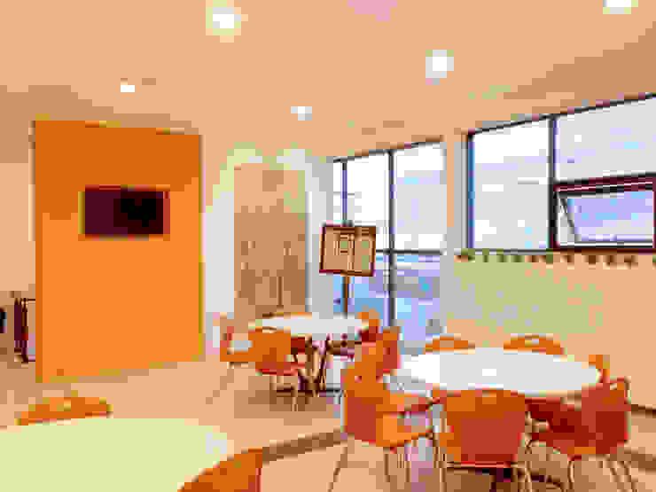 Comedor Grupo Gondi Comedores industriales de Visual Concept / Arquitectura y diseño Industrial