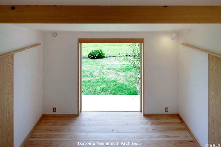 山道勉建築 Asian style window and door Wood White