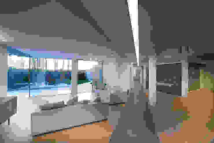 Una villa Soggiorno moderno di Mario Ferrara Moderno