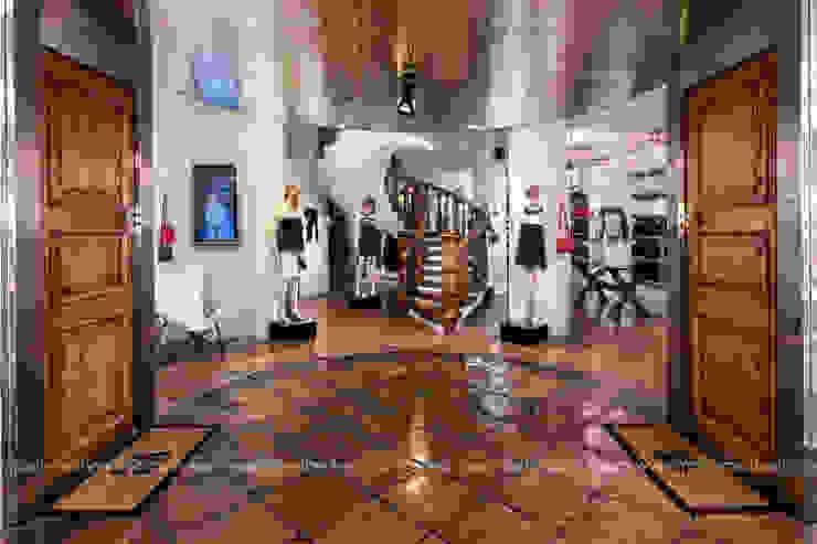 Mario Marino Mediterranean style offices & stores