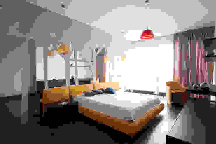 Кутузовская ривьера Спальня в стиле минимализм от DECORA Минимализм