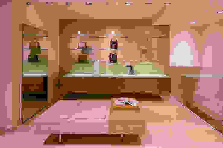 Commercial Design Mario Marino Negozi & Locali commerciali in stile minimalista