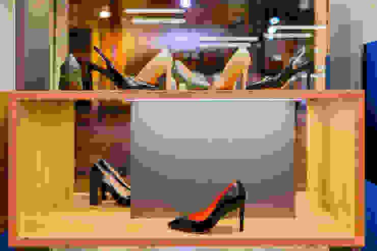 Commercial Design Mario Marino Negozi & Locali commerciali moderni