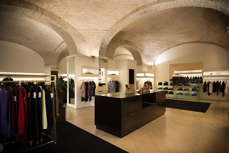 Mario Marino Modern offices & stores