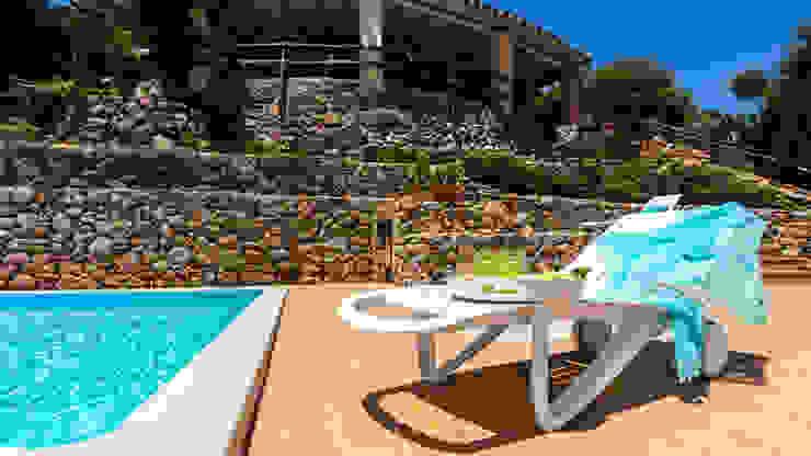Mario Marino Rustic style pool