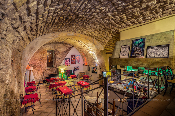 Commercial Design Mario Marino Bar & Club in stile mediterraneo