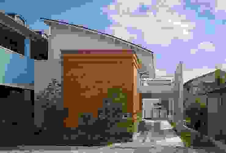 ムクリ片流れの大屋根 オリジナルな 家 の アトリエ優 一級建築士事務所 オリジナル
