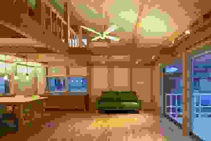 アトリエ優 一級建築士事務所 Eclectic style living room