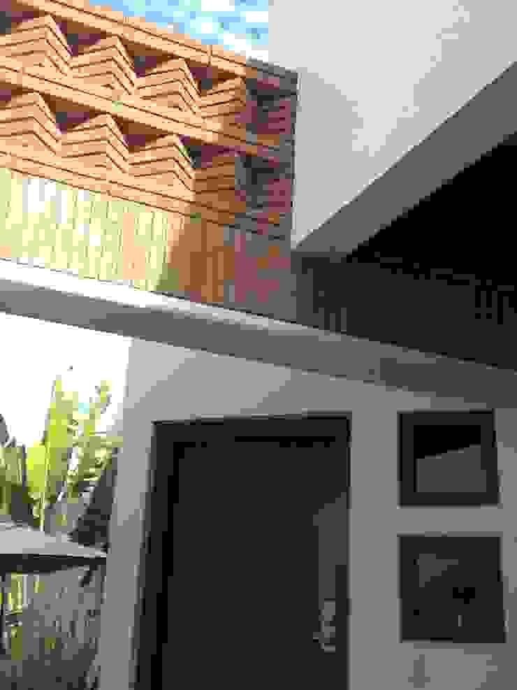 casa 1050 Casas modernas de Hussein Garzon arquitectura Moderno Ladrillos