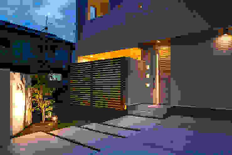 『ソラ庭のある家』: 納得住宅南大阪が手掛けた家です。,モダン