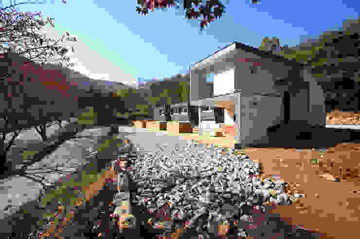 문경미니펜션의 외관 모던스타일 주택 by 주택설계전문 디자인그룹 홈스타일토토 모던