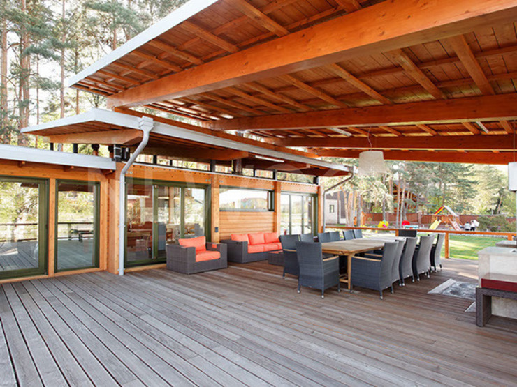 Balcones y terrazas escandinavas de NEWOOD - Современные деревянные дома Escandinavo