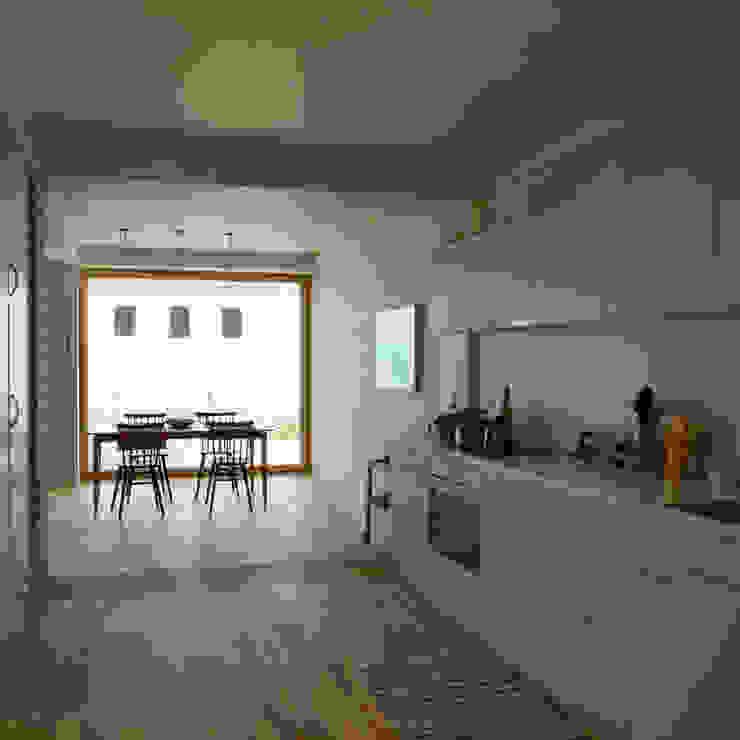 Wohnküche Moderne Küchen von smarch-Mathys&Stücheli Modern