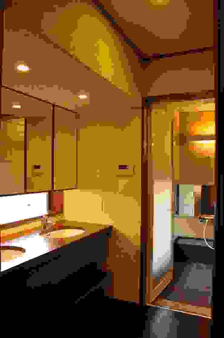 改修後の洗面所 の 株式会社一級建築士事務所ジオプラス
