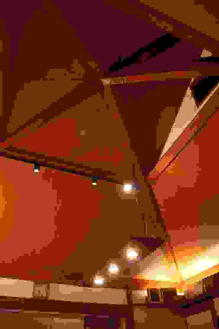 方形の天井 オリジナルデザインの ダイニング の 株式会社一級建築士事務所ジオプラス オリジナル